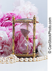 Peony essence vials - Hour glass, pearls and fresh peony...