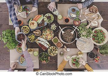 People having vegetarian lunch