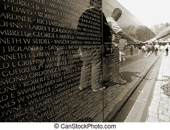 Vietnam war memorial - People in front of the Vietnam war...
