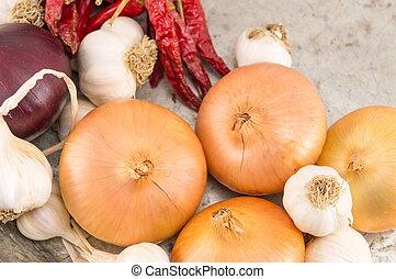 pepe, cipolla aglio, rosso