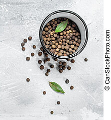 Pepper peas in a bowl with Bay leaf.
