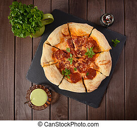pepperoni, fait maison, pizza
