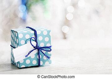 pequeño, caja, hechaa mano, regalo