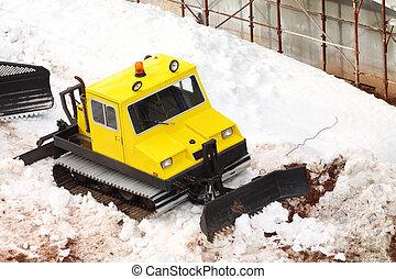 pequeño, estacionado, snowcat