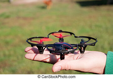 pequeño, quadrocopter.