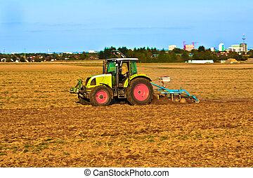 pequeno, agricultura, arado, escala, trator