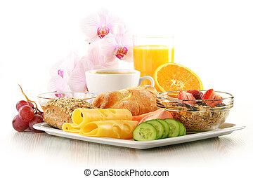 pequeno almoço, com, café, rolos, ovo, suco laranja, muesli,...