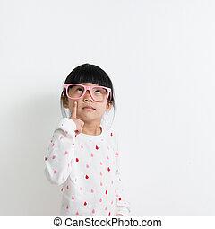 pequeno, criança asiática