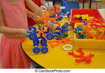 pequeno, crianças, jogue, colorido, brinquedos