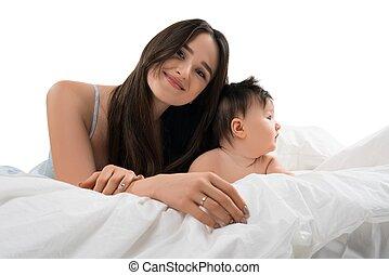 pequeno, dela, jovem, cama, filho, mãe, mentindo