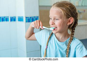 pequeno, escova dentes, bathroom., menina, adorável