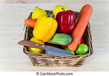 pequeno, frondoso, salada, mistura, bom, normalmente, peso, vegetal, legumes, copo, conceito, saúde, madeira, verde, vário, tipos, consistindo, controle