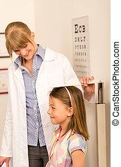 pequeno, medida, pediatra, menina, altura