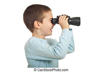 pequeno, menino, binocular, rir