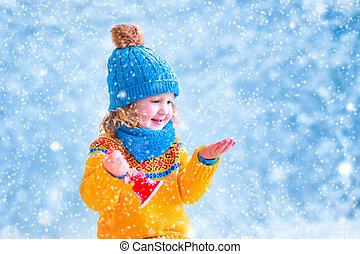 pequeno, pegando, flocos, menina, neve