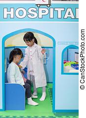 pequeno, role-playing, chinês, hospitalar, meninas, asiático