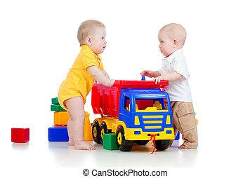 pequeno, tocando, crianças, brinquedos