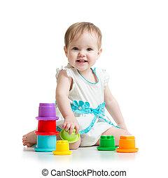 pequeno, tocando, menina, brinquedos