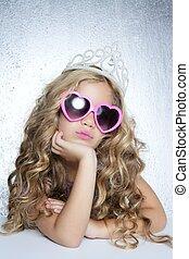 pequeno, vítima moda, retrato, menina, princesa
