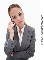 percé, regarder, banque, employé, sur, elle, cellphone
