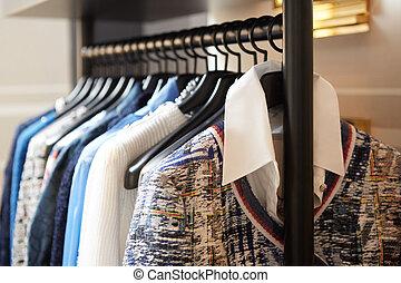 perchas de ropa, shop.