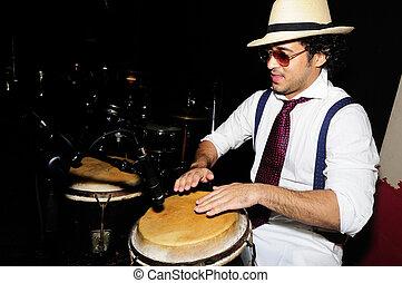 percussionist, cubano, negro, aislado