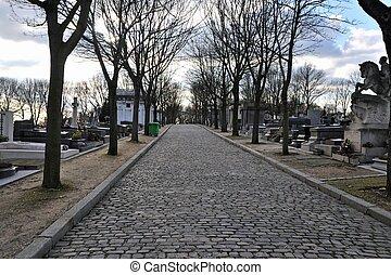 Pere Lachaise cemetery - Cobblestone road in Pere Lachaise...