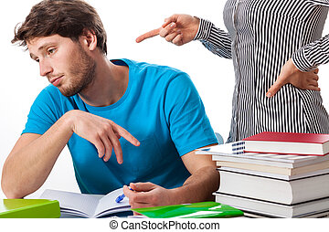 perezoso, estudiante enojado, profesor