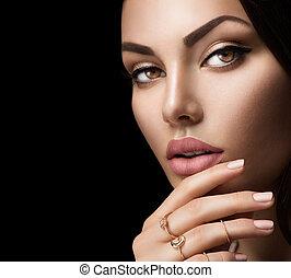 perfect, vrouw, lippen, met, mode, natuurlijke , beige, matte, lippenstift, makeup