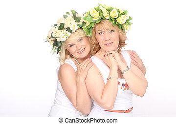 perfeitos, dois, abraçando, rir, dentes, branca, mulheres, amigos, feliz