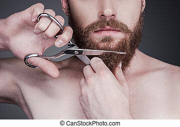 perfeitos, ficar, close-up, seu, beard., bonito, shirtless, cinzento, contra, jovem, enquanto, corte, fundo, tesouras, homem, barba