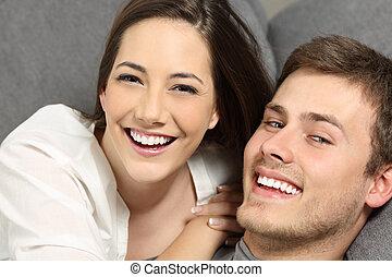 perfeitos, sorrizo, par, dentes brancos
