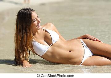 perfetto, corpo, di, uno, donna, in, bikini, mentire spiaggia