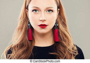 perfetto, donna, gioielleria, trucco, orecchini, faccia, labbra, closeup, femmina, rosso