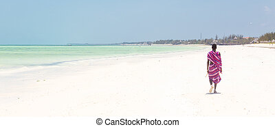 perfetto, guerriero, camminare, spiaggia., tanzania., immagine, zanzibar, tropicale, maasai, paje, sabbioso