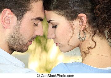 perfil, pareja, cabezas, unido