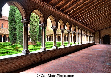 Pergola insde Eglise des Jacobins or Church of the Jacobins ...