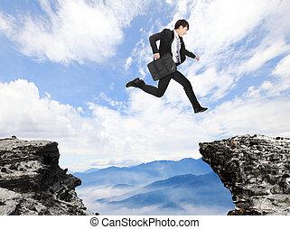 pericolo, uomo affari, sopra, saltare, precipizio
