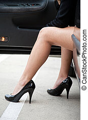 pernas, de, um, comutar, mulher negócio