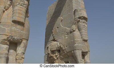 persepolis, lamassu, statues