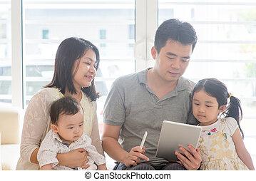 personas asiáticas, exploración, qr, código