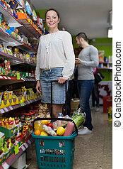 persone, acquisto, cibo, a, supermercato