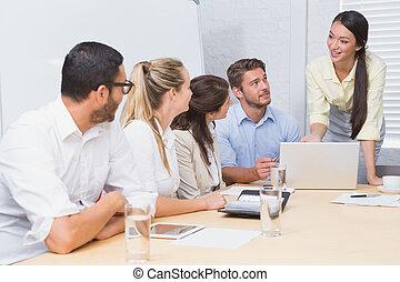 persone affari, ascolto, uno, donna, fare, uno,...