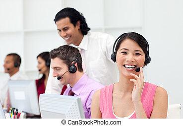persone, centro, affari, lavorativo, chiamata, multi-etnico