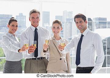 persone, squadra, successo, affari, sorridente, onorare, champagne, ufficio