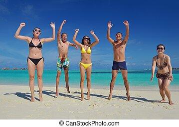 personengruppe, junger, bach, haben spaß, glücklich