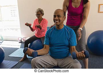 personne agee, aider, entraîneur, femme, homme, fitness, ...