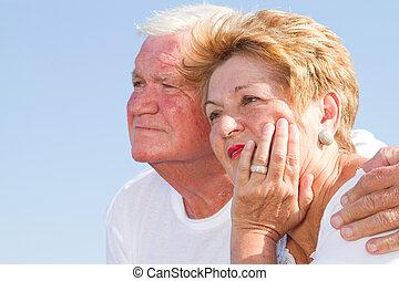 personne agee, amants, dehors