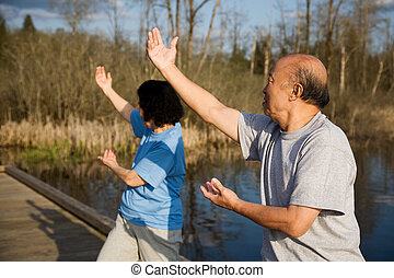 personne agee, asiatique, exercice