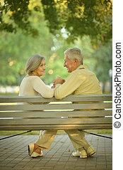 personne agee,  couple, séance